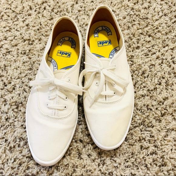 KEDS•Vintage white women sneakers size 7M